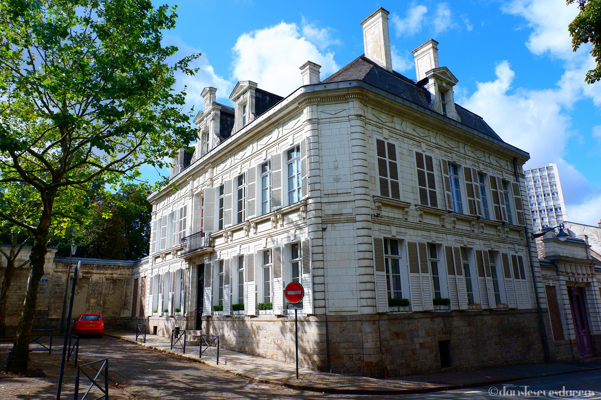Hôtel Danten - 33 rue Paul Doumer - Arras (©MD - danslesruesdarras)