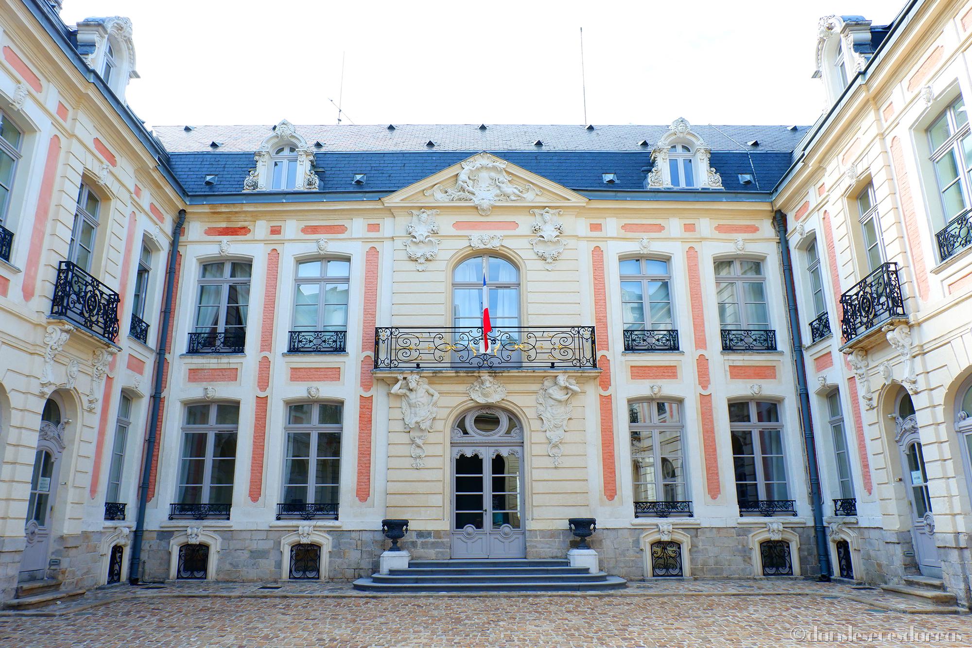 Hôtel Dubois de Fosseux - 14 rue du Marché-au-Filé - Arras (©MD - danslesruesdarras)